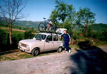 Jedna Tara, a dva bicikla