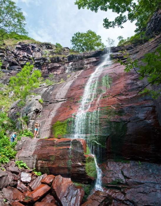 Kameni zid Čunguljskog vodopada