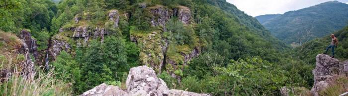Na vidikovcu pored Kurtulskog vodopada