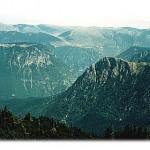 Teško je rečima opisati put kojim se od Žabljaka pedala prema kanjonu Sušice, dok sa visine od 2000 m posmatrate dubine kanjona Tare desno od sebe. Zato je tu slika